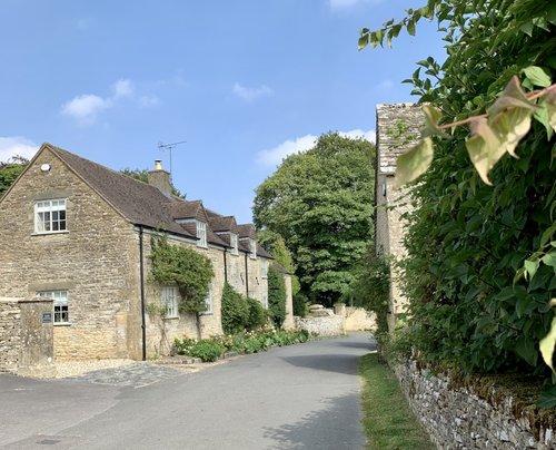 Cotswold Village Duntisbourne Abbots.