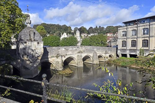 The Town Bridge and Lockup, Bradford on Avon