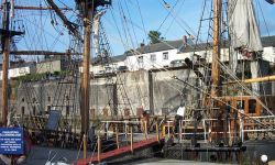 Sailing Ship Kaskelot in Charlestown Dock