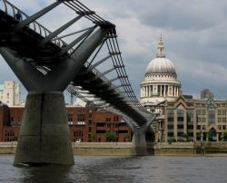 St. Pauls Cathedral and the Millenium Bridge
