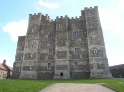 Dover Castle, Henry II's keep