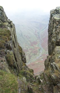 Overlooking Langdale Valley from Pike o Stickle