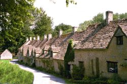 Bibury - Arlington Row. Gloucestershire