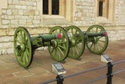 Artillery, Tower of London, London Wallpaper