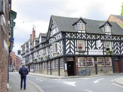 This is the Tudor House Inn in Market Drayton, Shropshire.
