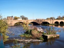 River Trent and Burton Bridge. Burton upon Trent, Staffs