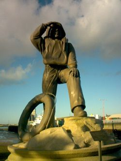 Lowestoft, Suffolk. Statue of remembrance of the brave people who gave their lives for others
