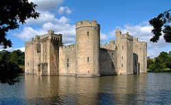 Bodiam Castle, Kent. - Bodiam, nr Robertsbridge, East Sussex, TN32 5UA - Built c.1385