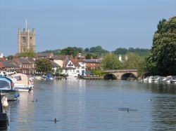 Henley on Thames, View of the river, Henley Bridge and Church of St. Mary-the-Virgin