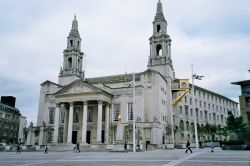 Leeds, Civic Hall.