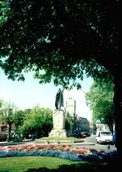 King Alfred's Statue and Guildhall in Winchester
