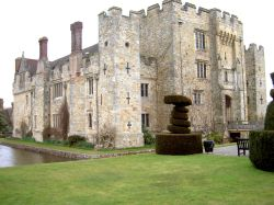A picture of Hever Castle