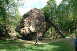 A picture of The Bowder Stone