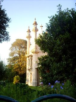 The Royal Pavilion on a summers evening.