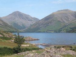 Wastwater, looking to Great Gable and Lingmell (a shoulder of the Scafells).