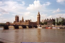 The river Thames, Houses of parliament and Big Ben, London