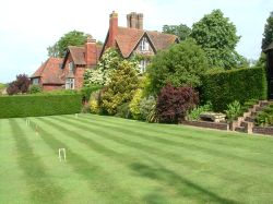 Marle Place Gardens, Brenchley, Kent - TN12 7HS