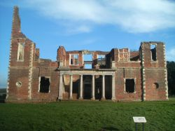 side picture of the remains of Houghton House, Bedfordshire