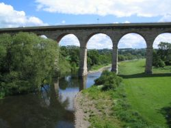 Newton Cap Viaduct over the river Wear, Bishop Auckland, County Durham