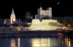 Rochester Castle and Cathedral at night, Kent