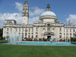 Cardiff city hall and its 3 feathers water feature,