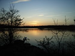 Sunset over Groby Pool, Leicestershire Wallpaper
