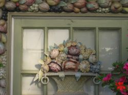 Beatiful window decoration in Clovelly, Devon