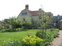 Charleston Farmhouse: country residence of the Bloomsbury group