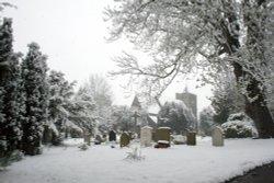 Luddesdowne Church in the snow 2008
