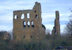 Sheriff Hutton castle (Ruins)
