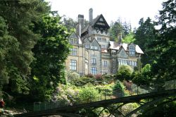 The Iron Bridge and Main House, Cragside Estate, nr Rotherbury, Northumberland.