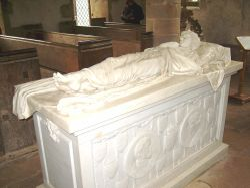 Chapel - Marble Effigy of Lord HADDON Wallpaper