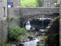 Hawes bridge