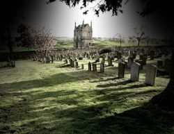 Spooky isolated house, Chipping Campden