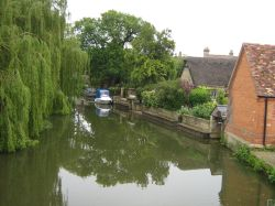 Godmanchester by the river
