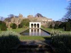 Walmer Castle Gardens. Wallpaper