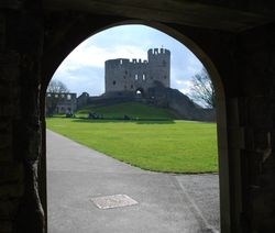 Dudley Castle through the gate