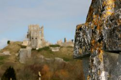 Celtic Cross and the Castle in the background