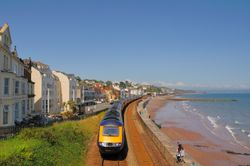 Dawlish promenade with first Intercity 125 - June 2009 Wallpaper
