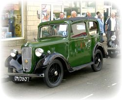 Tram Sunday, Fleetwood - An old Austin