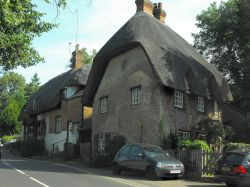Another fabulous thatched house in Clifton Hampden