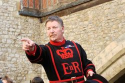 Beefeater Tour Guide number 2 Wallpaper