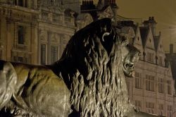 Gardian Lion