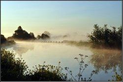Alrewas weir, morning mist...........