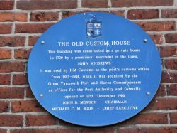 Plaque about Old Customs House