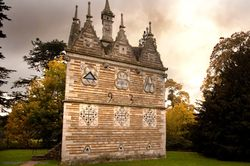 Triangular Lodge
