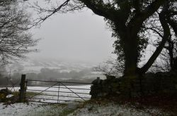 Snow over the Dales 2011