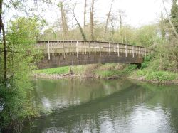 Bridge over the River Loddon in Woodley