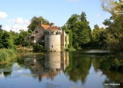 A landscape veiw of Scotney Castle in Kent