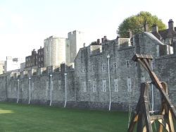 Tower moat Wallpaper